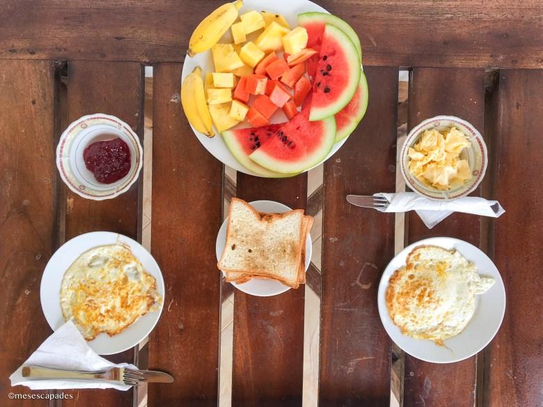 Petit-déjeuner à Trincomalee