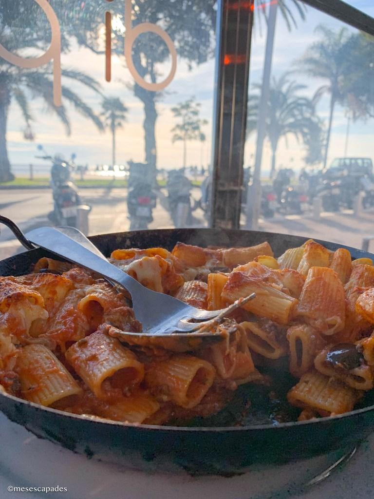 Où déjeuner sur la Promenade des Anglais ?