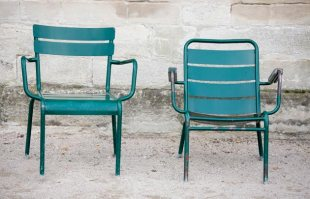 Fauteuil-vert-jardin-du-Luxembourg-630x405-C-Thinkstock