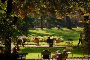 Jardin-du-Luxembourg-People