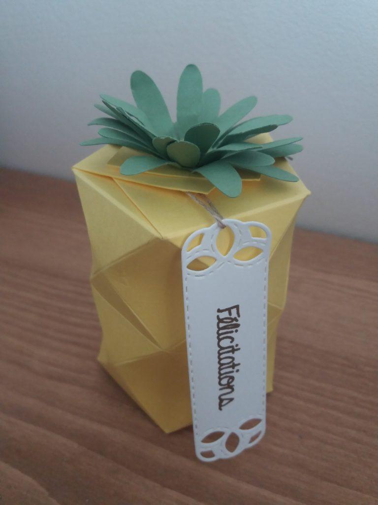 Boîte ananas