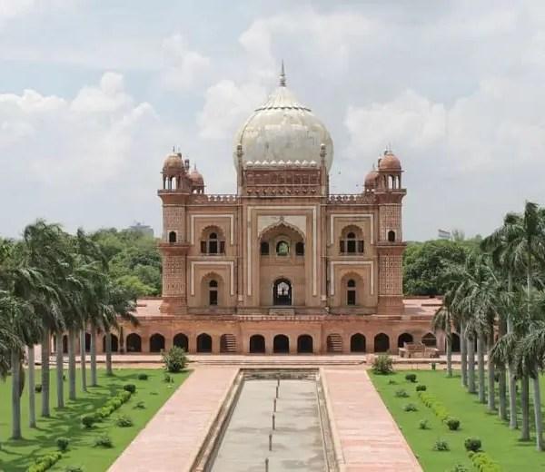 safdarjung's tomb top 10 places to visit in delhi in 2020
