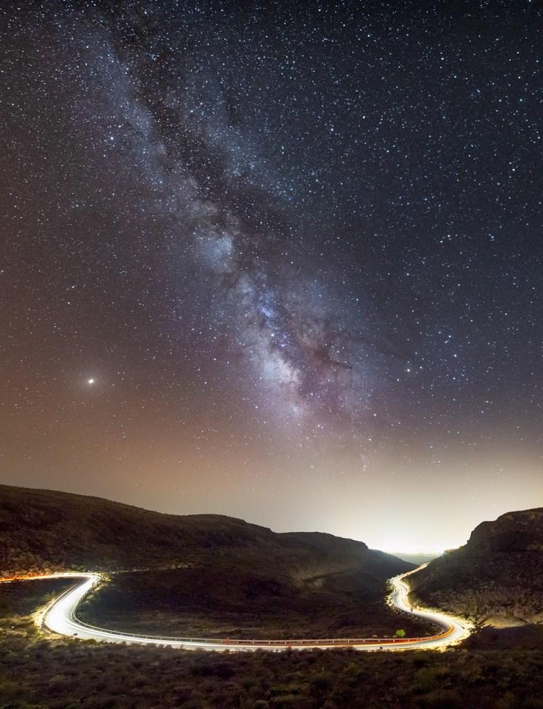 Strange radio waves emerge from direction of the galactic centre / sydney. edu. au/