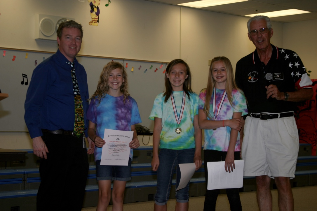 elks usa essay Pinkston middle school sixth-grade winners of the 2016 elks americanism essay contest recently were honored at an awards assembly more than 280 essays.