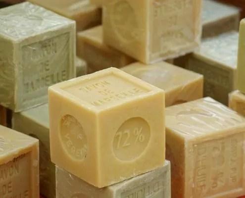 Blocs de savon de Marseille véritable