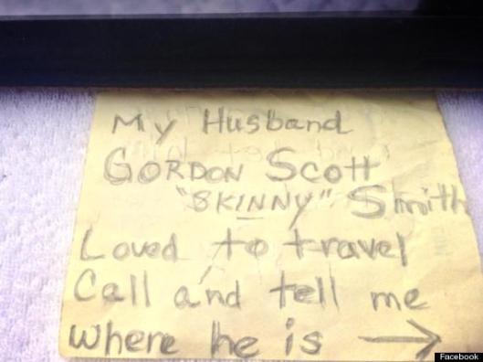 """Ashes in a Bottle - Gordon Scott """"Skinny"""" Smith"""