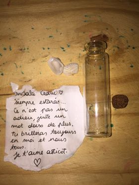 Why people send messages in bottles - Love.
