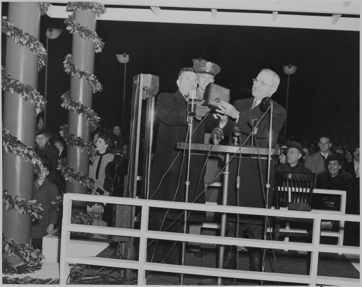 Truman Lights Christmas Tree 1945
