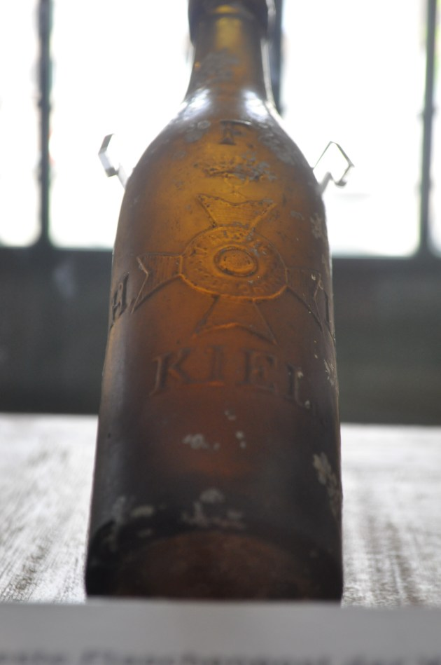 101 year old message in a bottle: The bottle, made in Kiel, Richard Platz used to send his message in 1913.