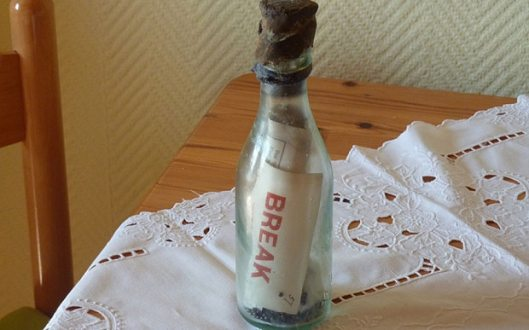 Messages in bottles featuring women - The Second Oldest Message in a Bottle