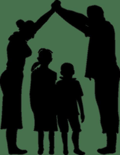 un couple et deux enfants *