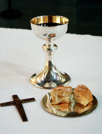 communion-chalice-bread