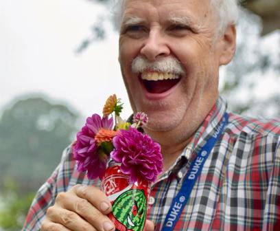 mkan-laughing-flowers