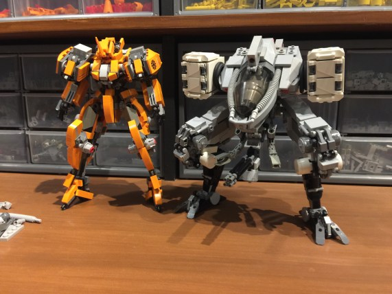 A height comparison with my usual mech scale