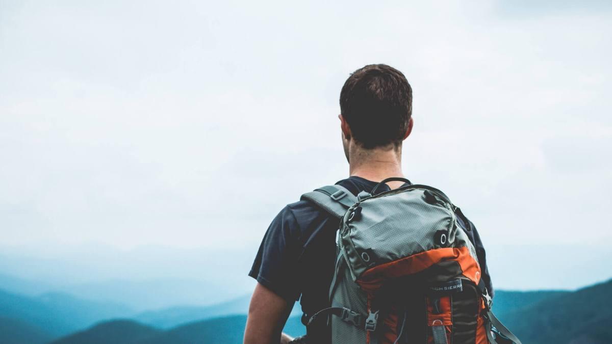 Formas de viajar sin dinero a cambio de alojamiento y comida