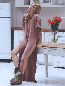knit-dress-outfits-street-style-2017861da8f69a2e133a7e76510c24fb254c