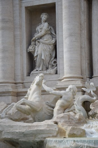 rome-fontaine-trevi