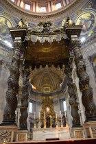 vatican-basilique-st-pierre-interieur-1