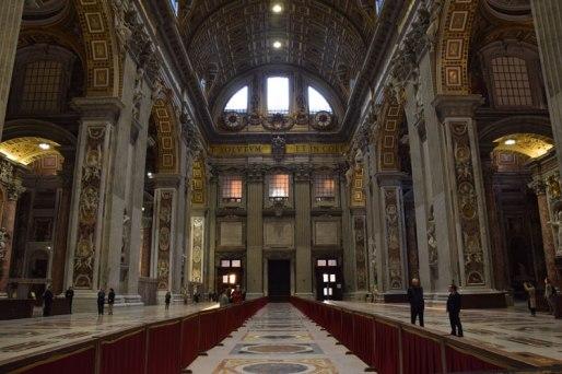 vatican-basilique-st-pierre-interieur-3