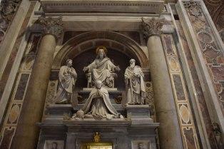 basilique-st-pierre-interieur