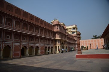 city-palace-jaipur-cour