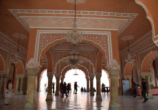 city-palace-jaipur-hall