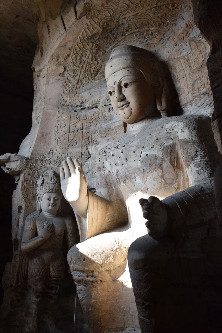 grottes-yungang-buddha-interieur
