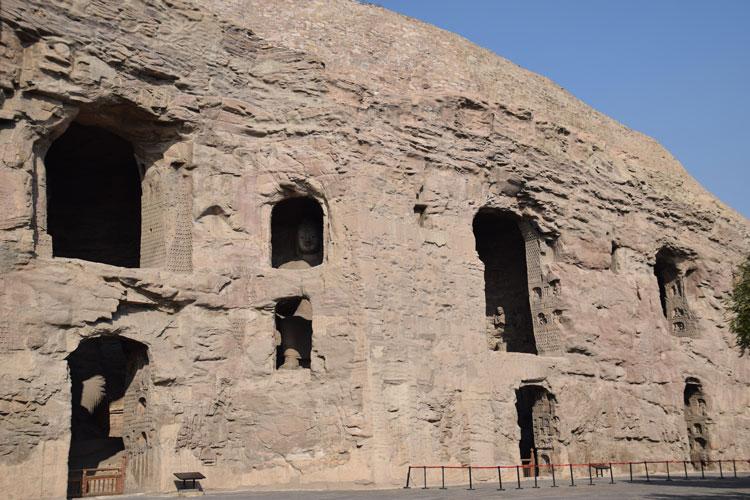 grottes-yungang-facade