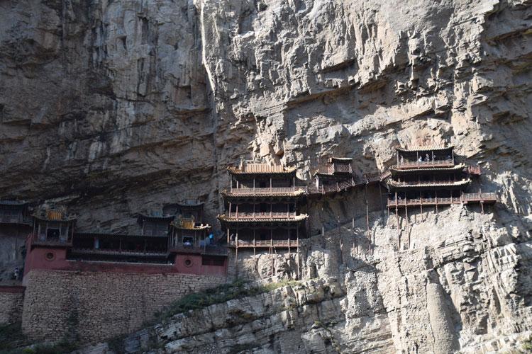 monastere-suspendu-xuankong