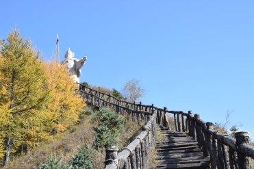 statue-2