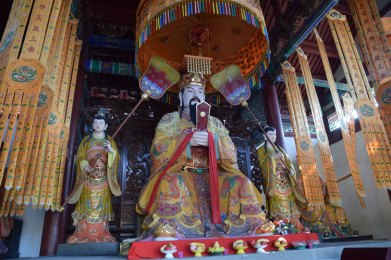 yangtze-ghost-city-statue