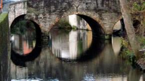 Bruges - Sur les bords du canal