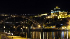 Porto - Rivière Douro de nuit
