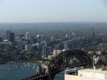 Sydney Tower, Le Harbour bridge