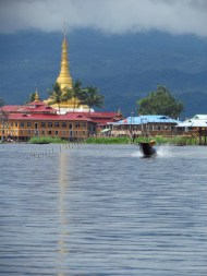 Lac Inle - Pagode