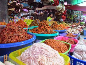 Pyin Oo Lwin - Marché, nourriture