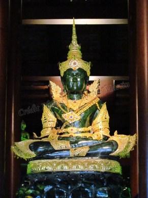 Chiang Rai - Temple 'Wat Phra Kaew', bouddha fait de jade