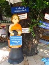 Lampang - Temple 'Wat Pratu Ton Phueng', 'grande tirelire', lol
