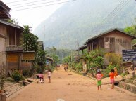 Muang Ngoi Neua - Village