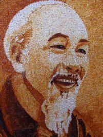 Da Lat - Marché, artisanat, portrait d'Ho Chi Minh avec du riz