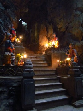 Danang - Thuy Son (Mountain of Water) - Grotte 'Huyen Khong cave'