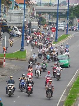 Ho Chi Minh - Au hasard des rues, circulation