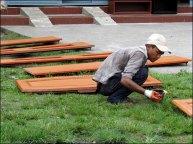 Pokhara - Au hasard des rues, gens, peinture de meubles