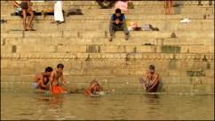 Varanasi - Rivière 'Gange', moments de baignade