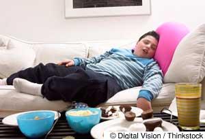 睡眠不足,聯繫到孩子的不良飲食