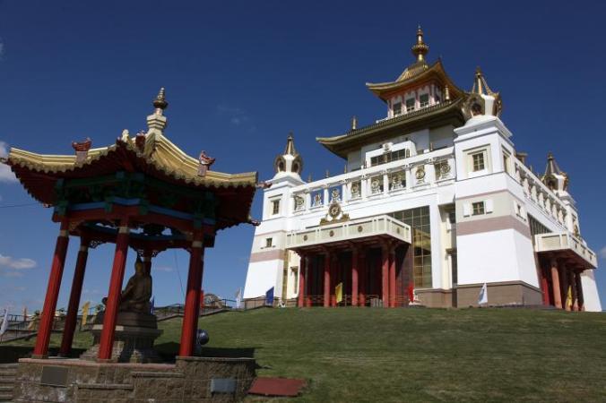 仏教の街 エリスタ