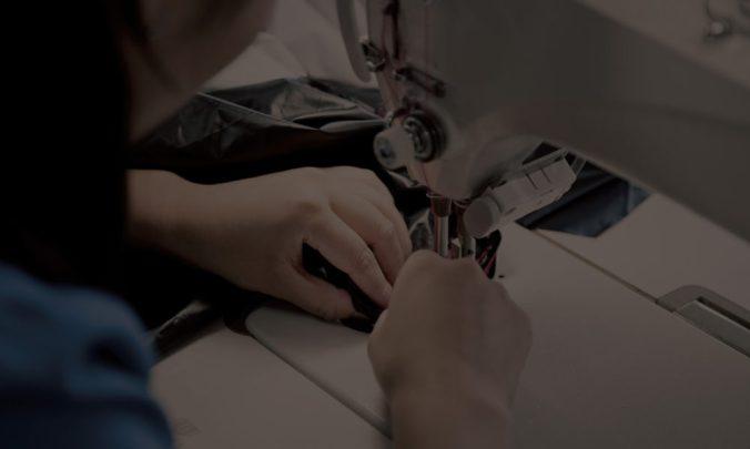 NANGAは自社工場で修理をする