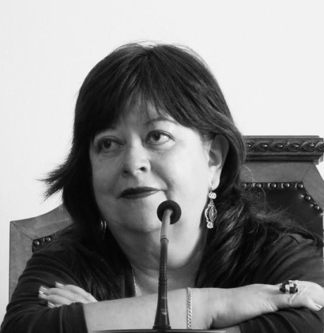 elsy-santillan-poeta-y-narradora