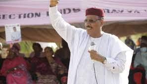 Niger: Mohamed Bazoum elected president, beating Mahamane Ousmane