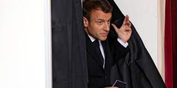 Européennes : une défaite pour Macron, mais pas une déroute